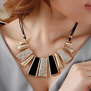 levne Módní náhrdelníky-Dámské Prohlášení Náhrdelníky dámy Evropský Módní Štras Umělé diamanty Slitina Černá Náhrdelníky Šperky Pro Párty Denní Ležérní