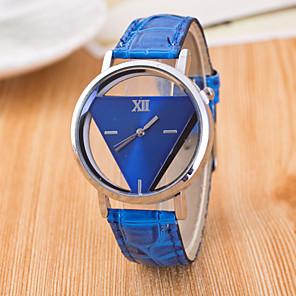 ieftine Cuarț ceasuri-Pentru femei Ceas de Mână Quartz femei Gravură scobită Piele PU Matlasată Negru / Alb / Albastru Analog - Alb Negru Rosu