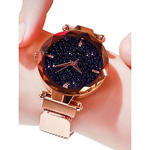 povoljno Naušnice-Žene Luxury Watches Ručni satovi s mehanizmom za navijanje Kvarc Crna / Plava / Ljubičasta 30 m Vodootpornost imitacija Diamond Analog dame Ležerne prilike Moda - Crvena Plava Rose Gold