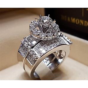 povoljno Prstenje-Žene Prsten Kubični Zirconia 1pc Srebro mesing Čelik Geometric Shape Moda Vjenčanje Party Jewelry Klasičan asfaltirati Vjenčanje Cool