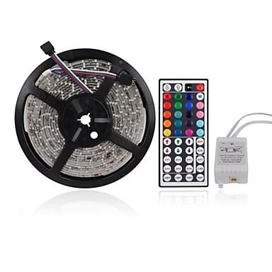 ieftine Benzi De Lumini LED-zdm 5m 300 x 2835 benzi led 8mm rgb flexibile și telecomandă ir 44key conectabile auto-adezive care schimbă culoarea