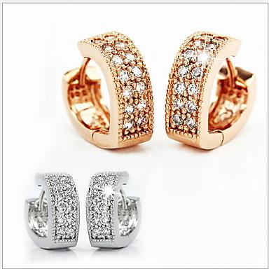 Pentru femei Zirconiu Cubic diamant mic Cercei Stud Inimă Plastic Zirconiu Cubic cercei Bijuterii Auriu / Argintiu Pentru Nuntă Petrecere Zilnic