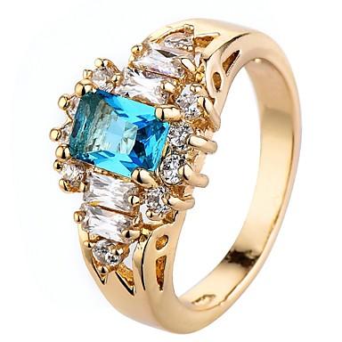 Dámské Kubický zirkon simulované Boxer Zásnubní prsten Zirkon Luxus  Klasické Módní Elegantní Fashion Ring Šperky Zlatá Pro Svatební Párty  Narozeniny Promoce ... bfcec064c16