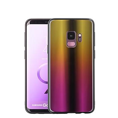 Недорогие Чехлы и кейсы для Galaxy S-Кейс для Назначение SSamsung Galaxy S9 / S9 Plus / S8 Plus Покрытие / Зеркальная поверхность Кейс на заднюю панель Градиент цвета Твердый Закаленное стекло