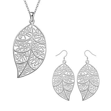olcso Ezüst ékszerek-Női Függők Nyaklánc medálok Leaf Shape hölgyek Klasszikus Alap Elegáns Ezüstözött Fülbevaló Ékszerek Ezüst Kompatibilitás Napi Hivatal és karrier / Fülbevalók