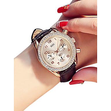 Žene Ručni satovi s mehanizmom za navijanje Kvarc Umjetna koža Crna / Bijela / Crvena 30 m Vodootpornost New Design Analog dame Vintage Moda - Crvena Crvena Pink