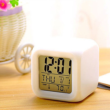 7 színek vezetett változó digitális ébresztőóra asztali hőmérő éjszaka izzó  kocka LCD óra 7086736 2019 – €6.29 e787c8e7d2