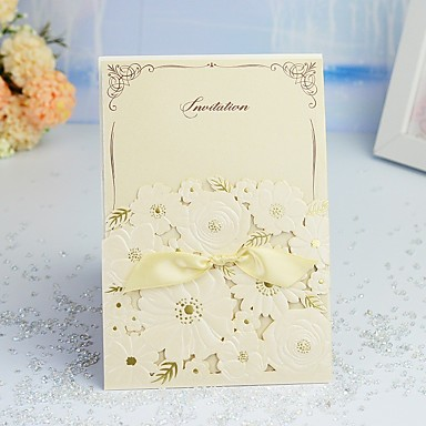 "cheap Wedding Reception-Wrap & Pocket Wedding Invitations 30pcs - Invitation Cards / Thank You Cards / Response Cards Artistic Style / Modern Style / Ethnic & Religious Pearl Paper 5""×7 ¼"" (12.7*18.4cm) Satin Bow"