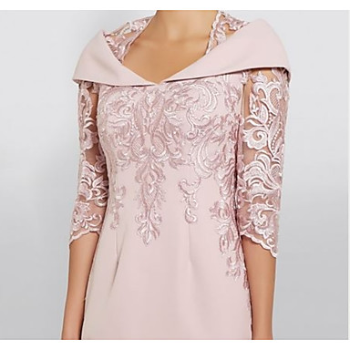 cheap Mother of the Bride Dresses-Sheath / Column Queen Anne Knee Length Polyester Half Sleeve Plus Size / See Through / Elegant Mother of the Bride Dress with Sequin 2020