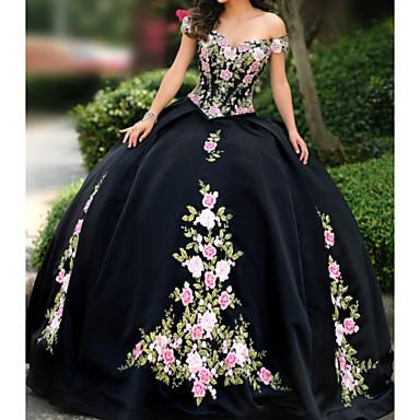 povoljno Maturalne haljine-A-kroj Bez naramenica Do poda Čipka / Saten Elegantno Prom / Formalna večer Haljina s Aplikacije / Vez 2020