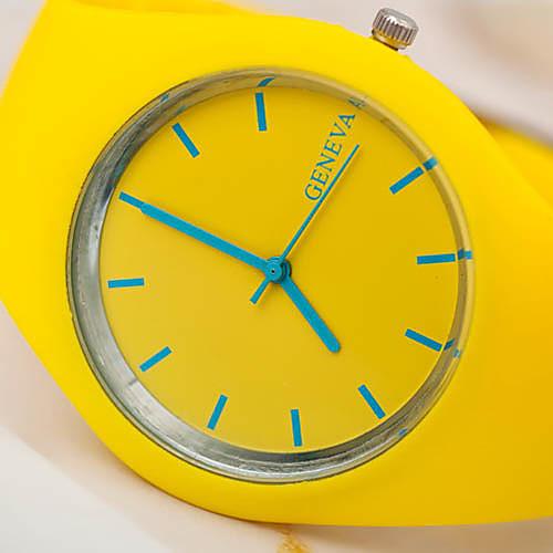Сколько стоят резиновые часы house