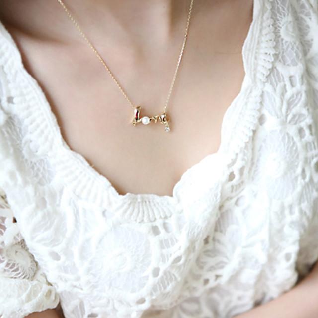Pentru femei Coliere cu Pandativ Monogramă Inimă Iubire Plin de graţie femei stil minimalist Delicat Aliaj Auriu Argintiu Coliere Bijuterii Pentru Petrecere Zi de Naștere Cadou Zilnic Casual