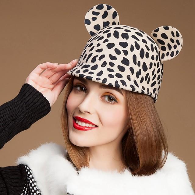 Lovely lână Doamnelor Party / Outdoor Hat / Casual cu urechile la animale (mai multe culori)