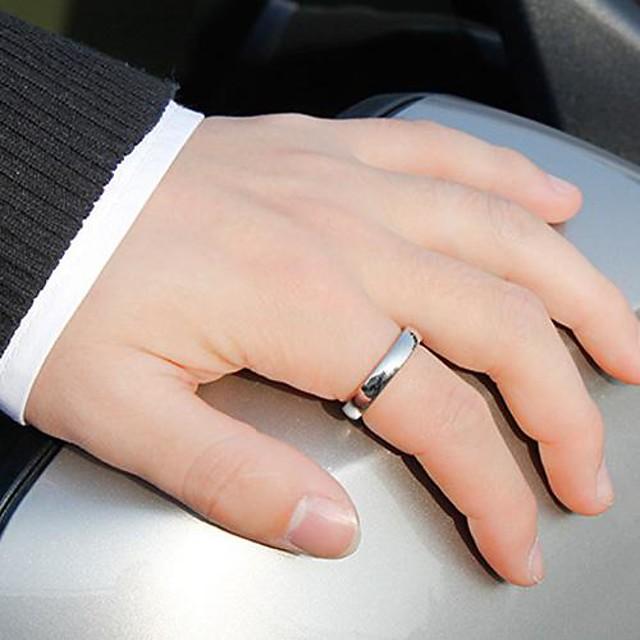 วงแหวน Titanium Steel โลหะผสม แฟชั่น 1pc / สำหรับผู้ชาย