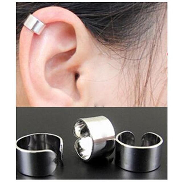 Pentru femei Cercei Rotunzi Cătușe pentru urechi Cercei cu spirală femei stil minimalist Modă Elegant cercei Bijuterii Negru / Auriu / Argintiu Pentru Nuntă Petrecere Zilnic Casual