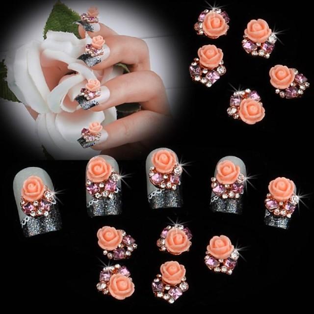 10 pcs MetalPistol Truse de unghii Floare Clasic Nuntă Zilnic Bijuterie unghii pentru deget deget de la picior