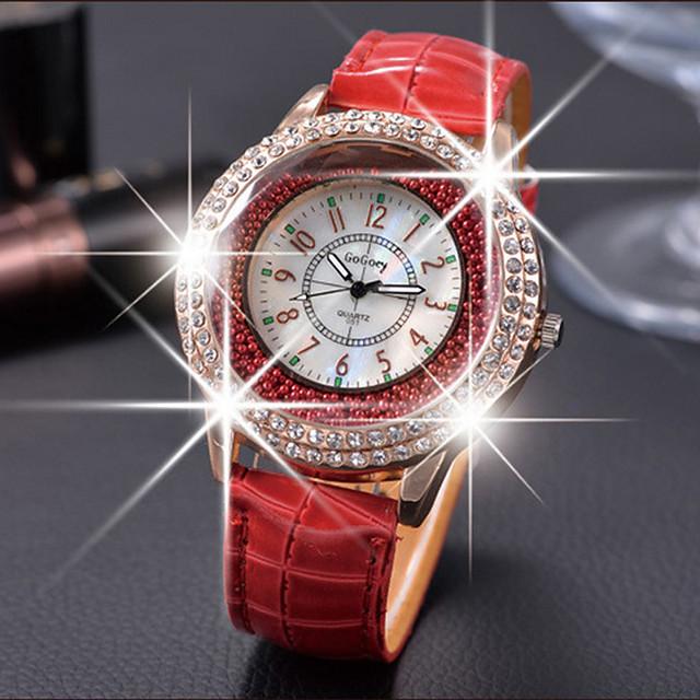 Pentru femei Ceasuri de lux Ceasuri din Cristal Diamond Watch Quartz femei Ceas Casual Analog Alb Negru Mov / Piele