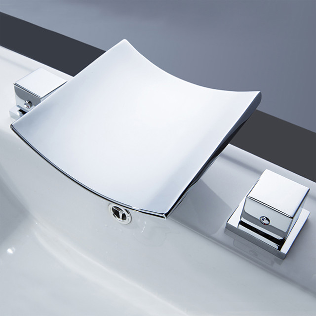 황동 욕실 싱크 수도꼭지, 폭포 광범위한 led 크롬 2 핸들 아연 합금 핸들, 세라믹 밸브 및 냉 / 온수가있는 3 개의 구멍 목욕 탭