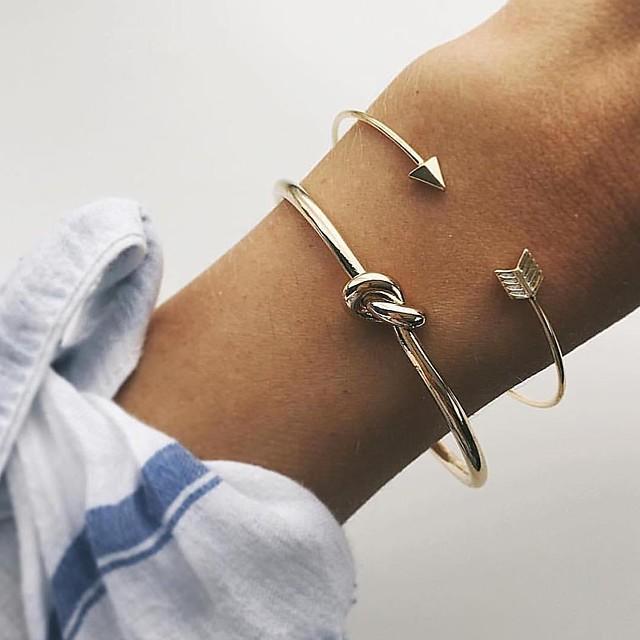 Bracelet Jonc Manchettes Bracelets Femme Nœud dames Métallique Double couche Simple Coréen Bracelet Bijoux Dorée Forme Géométrique pour Quotidien Plein Air Sortie