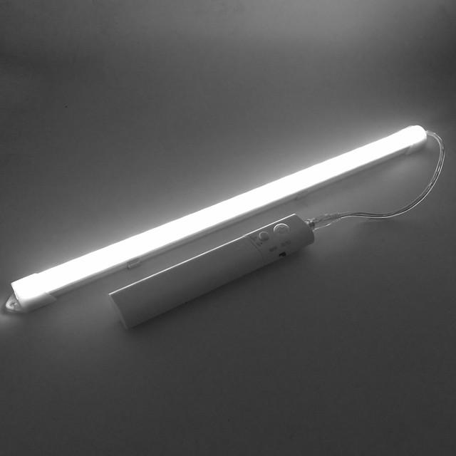 zdm® 0.33m stijve led-lichtbalken 24 leds smd5730 14mm warm wit koud wit zelfklevende lichaamssensor aa batterijen aangedreven 1set