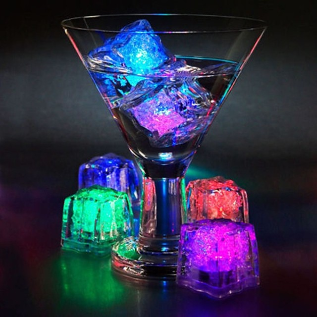 12kom diy boja flash vodio led kocke vjenčanja festival dekor party rekviziti svijetao vodio glowing indukcija led cubeschristmas nova godina bar \ t