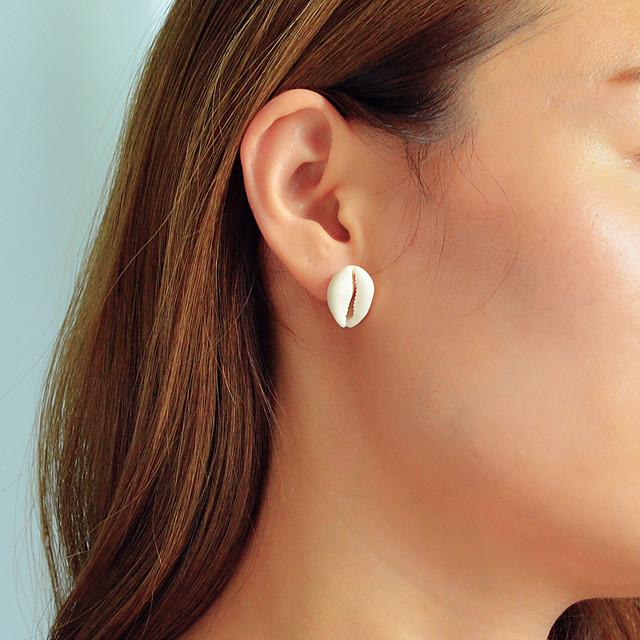 Femme Boucles d'oreille Clou Géométrique Coquillage Bohème Vacances Coquillage Des boucles d'oreilles Bijoux Beige / Blanc Pour Quotidien Vacances Travail 1 paire