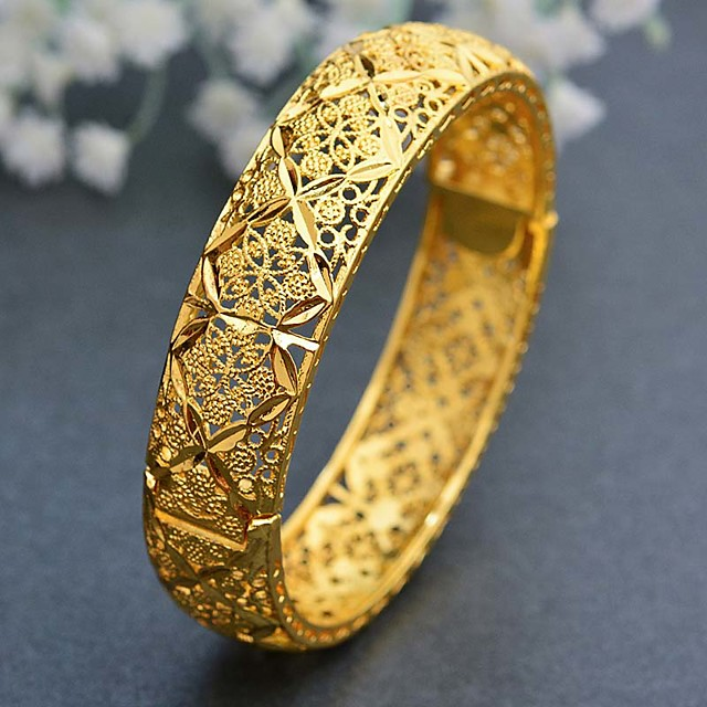 Women's Cuff Bracelet Hollow Out Wedding Vintage Theme Luxury Classic Trendy Ethnic Africa 24K Gold Plated Bracelet Jewelry Gold For Christmas Wedding Gift Birthday Festival