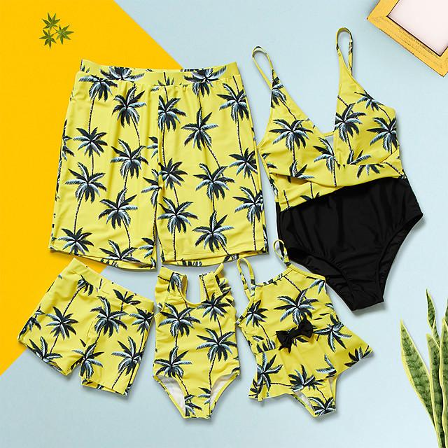 نظرة العائلة الجميع مجموعات ملابس العائلة ملابس سباحة الأزرق والأبيض الرسم طباعة أصفر الصيف