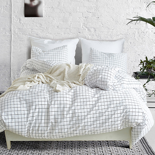 Duvet cover set white with zipper with plaid geometric pattern, ultra soft comfortable and breathable durable