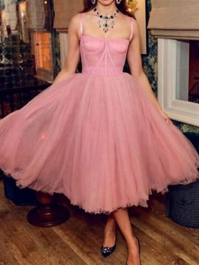 A-Line Celebrity Style Vintage Engagement Prom Dress Spaghetti Strap Sleeveless Tea Length Tulle with Pleats 2021