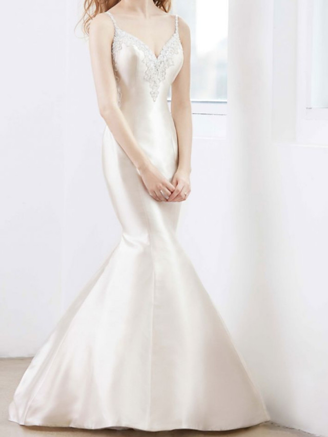 Mermaid / Trumpet Wedding Dresses V Neck Court Train Satin Sleeveless Country Romantic with Appliques 2021