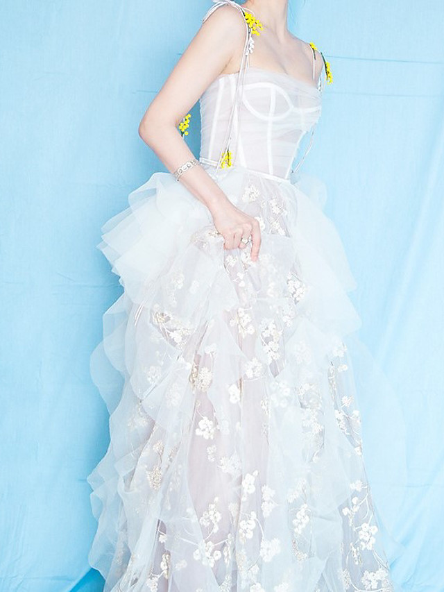 A-Line Celebrity Style Floral Holiday Formal Evening Dress Spaghetti Strap Sleeveless Floor Length Tulle with Embroidery 2021