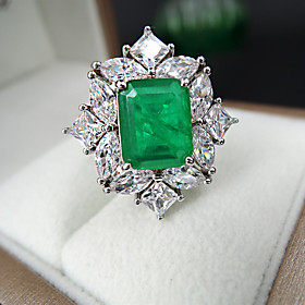 8 carat Synthetic Emerald Ring Alloy For Women's Emerald cut Antique Luxury Bridal Wedding Party Evening Formal High Quality Pave
