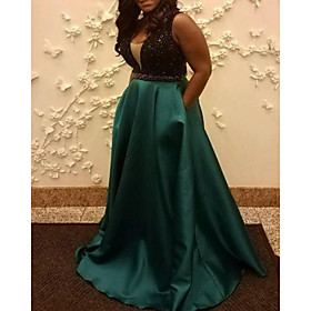 A-Line Minimalist Plus Size Wedding Guest Formal Evening Dress Scoop Neck Sleeveless Sweep / Brush Train Satin Sequined with Pleats Sequin 2020