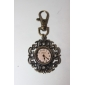 Unisex Alloy Analog Quartz Keychain Watch with Hollow Flower (Bronze)