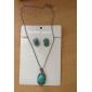 style rétro émeraude collier et boucles des femmes