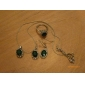 Lureme women's Retro Crystal Emerald Gem Jewelry Set(Earring Ring And Necklace)