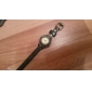 Style Fleur PU bande analogique montre-bracelet à quartz pour femmes (couleurs assorties)