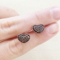 2012 New South Korean Version Of The Small Jewelry Wild Black And Red Pursuit Heart Earrings Earrings E480E481